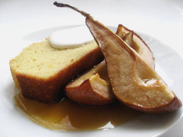 Olive Oil and Sauternes Cake with Roast Pears | Mybestdaysever.com