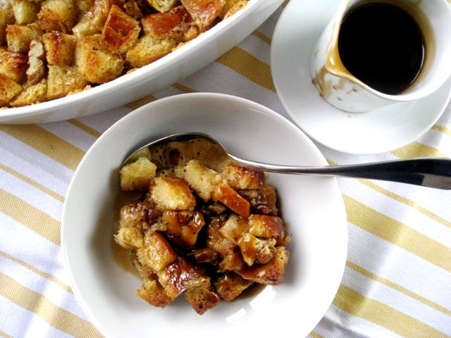 Pecan, Bourbon & Butterscotch Bread Pudding | Mybestdaysever.com